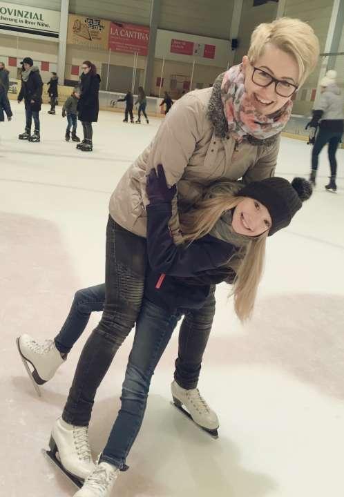Ольга Краус с дочкой