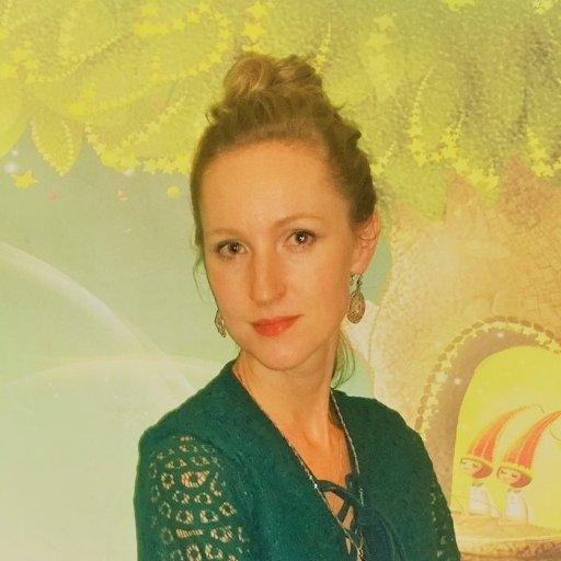 Валерия Нодель, педагог частного образовательного центра, писатель, копирайтер, блогер