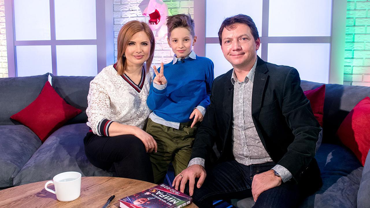 Главный редактор телеканала «О!» Анна Шнайдер, ведущий Иван Пивоваров и Георгий Черданцев