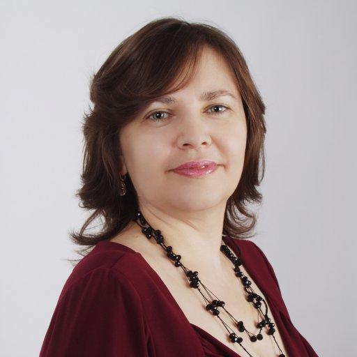 Гюзель Абдулова, нейропсихолог, педагог, тренер поскорочтению иразвитию памяти, руководитель центра интеллектуальных технологий «Эйдос»