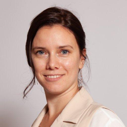 Марина Захарова, специалист по трудностям в обучении, нейропсихолог, руководитель психологического центра «Территория счастья», старший научный сотрудник лаборатории «Нейрофизиологии когнитивной деятельности» ИВФ РАО, эксперт Ассоциации родителей и детей с дислексией