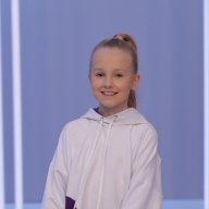 Саша Половникова, 9 лет
